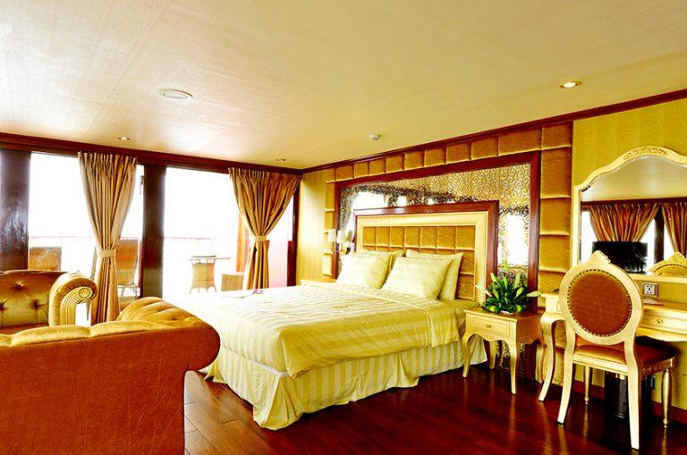 Golden Cruise 3 days 2 nights
